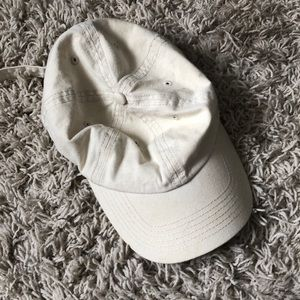 Kendall and Kylie Cap- perfect condition